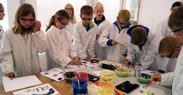 Junge Forscheinnen und Forscher gesucht: Unsere Cleverlabds